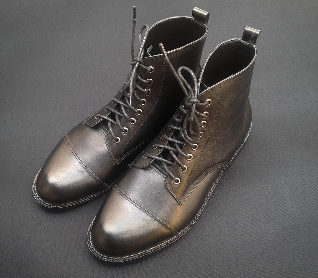 Sepatu Boots Derby Cap Toe