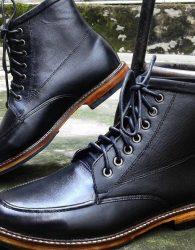 Boots Hitam Semi Flat (Moccasins Boots)