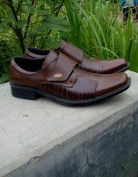 Sepatu Pantofel Formal Profesional Warna Coklat Esklusif MS9M