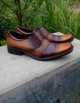 Sepatu Pantofel Formal Profesional Warna Ekslusif Kode MS10M