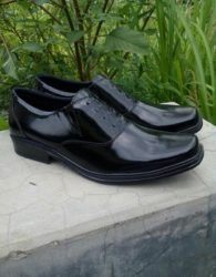 Sepatu Pantofel Pria Warna Hitam - Sepatu Formal Esklusif (Oxford Shoes) MS7M