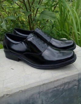 Sepatu Formal Pria Warna Hitam Esklusif (Oxford Shoes) MS7M